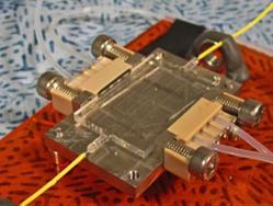 FMNT Capteur opto-fluidique